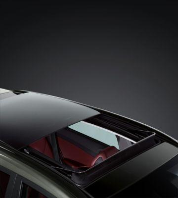Detail view of the new Hyundai Tucson's panorama glass sunroof.