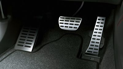 Close up of the sporty metal pedals inside the Hyundai Tucson N Line.