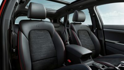 Close up of the N Line sport seats inside the Hyundai Tucson N Line.