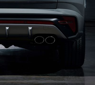 Detail of the all-new Hyundai TUCSON N Line twin tip muffler exhausts.