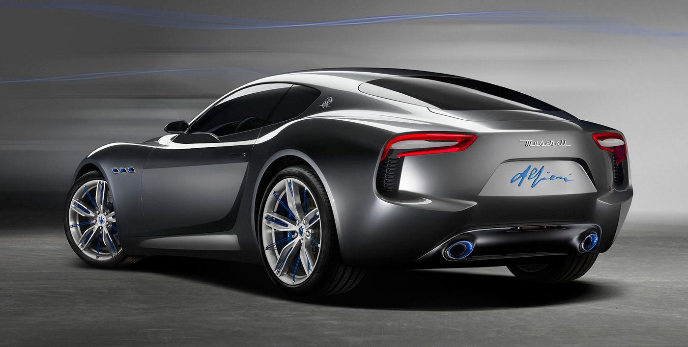 Maserati Alfieri - Carrosserie grise - Vue latérale postérieure
