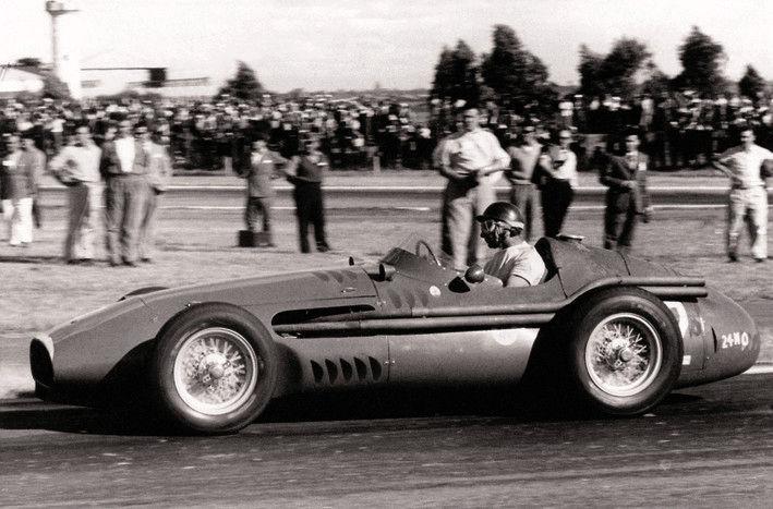 Maserati Classic  - CM6 - Vue latérale - Compétition sur piste