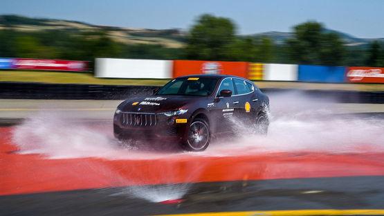 Курси водіння Maserati