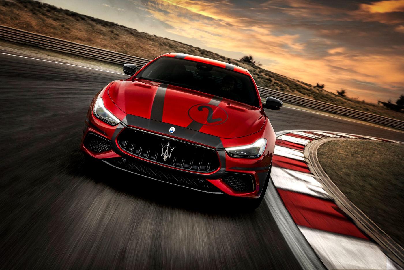 Maserati Ghibli Trofeo auf der Rennstrecke - Maserati Fahrtraining