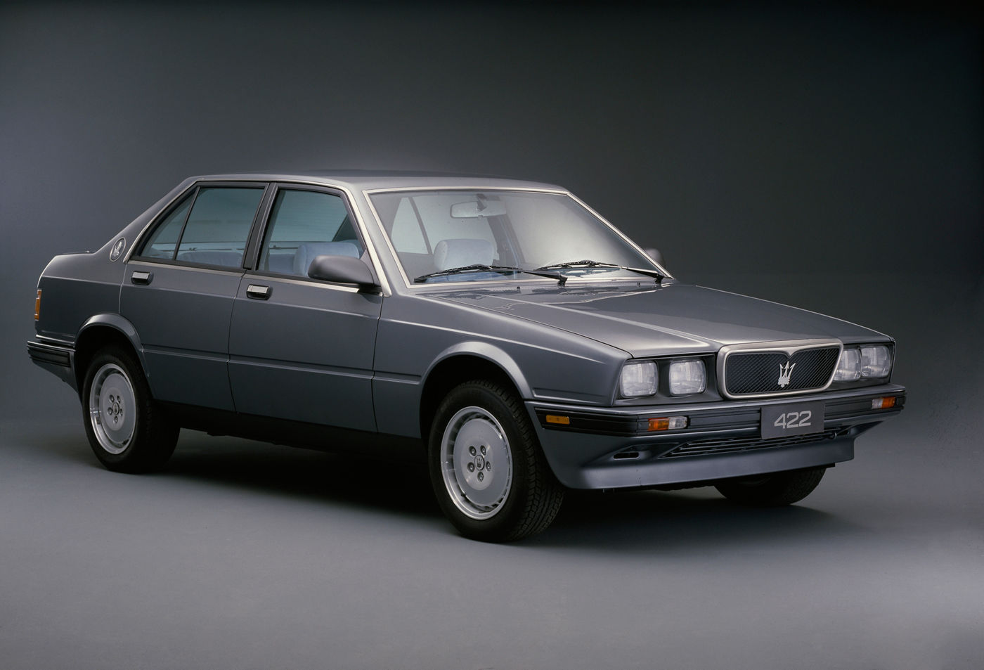 1988 Maserati 422 - Biturbo - classic car model overview