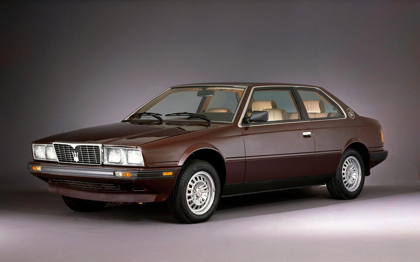 Maserati Classic - Biturbo - carrosserie marron - vue latérale