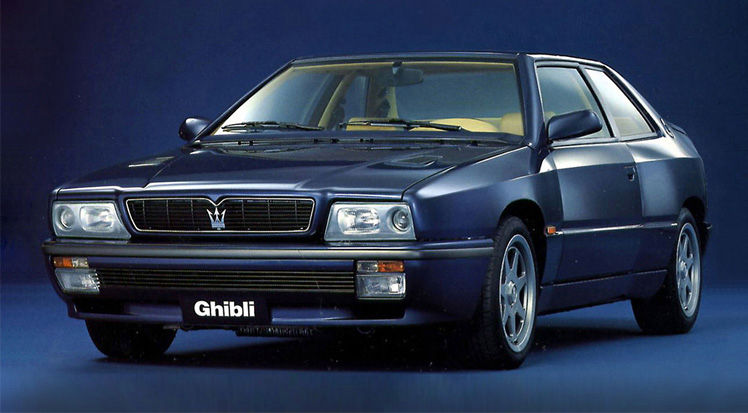 Maserati Classic - Biturbo Ghibli - carrosserie bleue - vue latérale