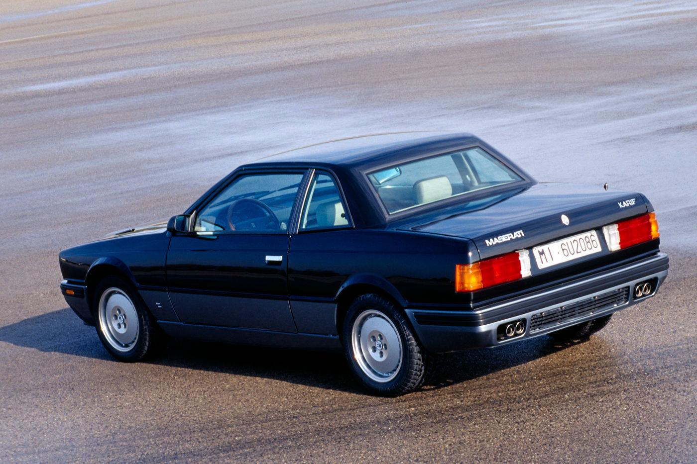 Maserati Classic - Biturbo Karif - carrosserie noire - vue latérale postérieure
