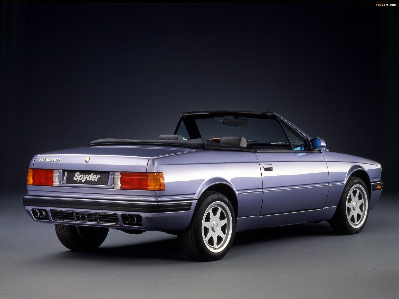 Maserati Classic - Biturbo Spyder Cabriolet - carrosserie grise - vue latérale postérieure