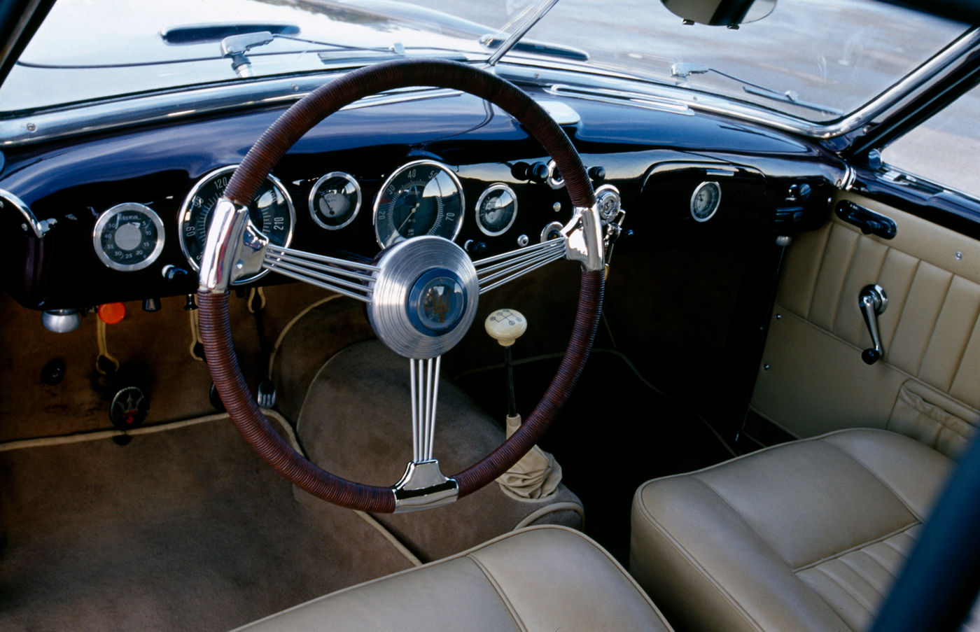 1947 Maserati A6 1500 Gran Turismo - interior of the 2-seater coupe