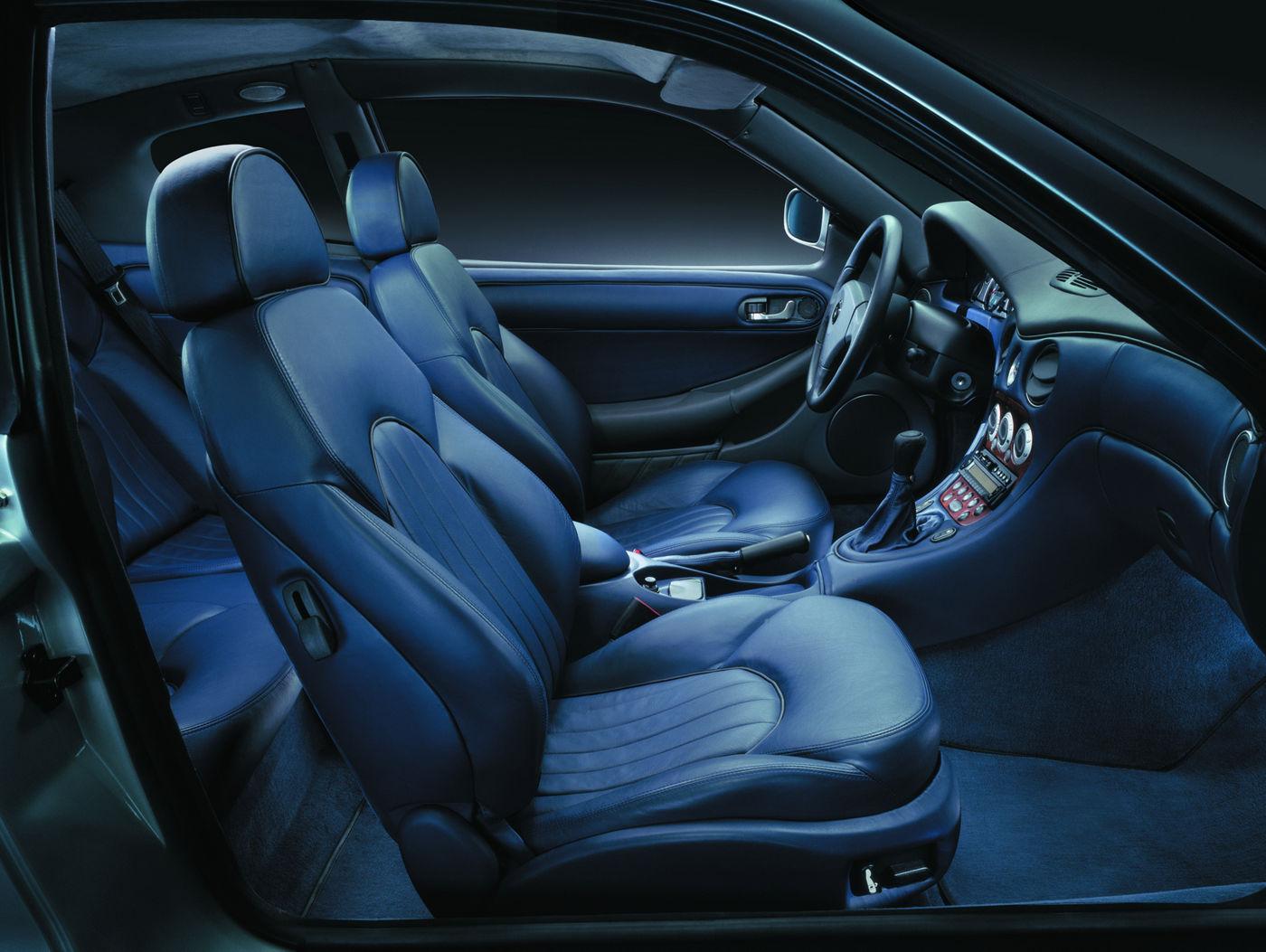 Maserati Classic - GranTurismo 3200 - sièges avant