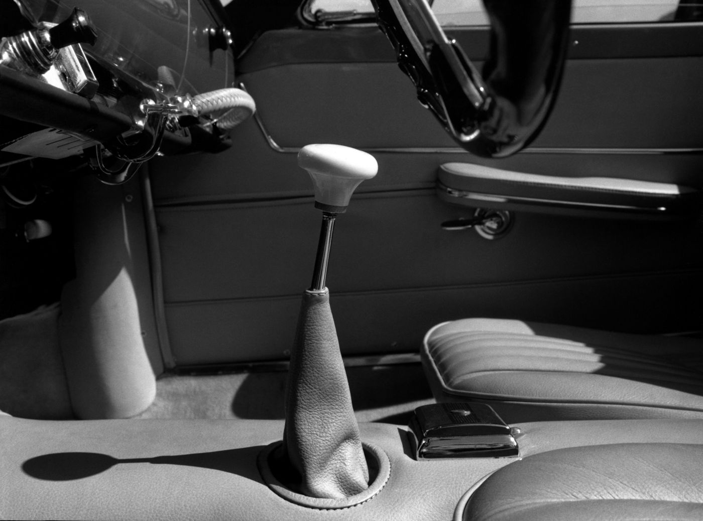 1958 Maserati 3500GT Spyder - interior of the classic open-top GranTurismo