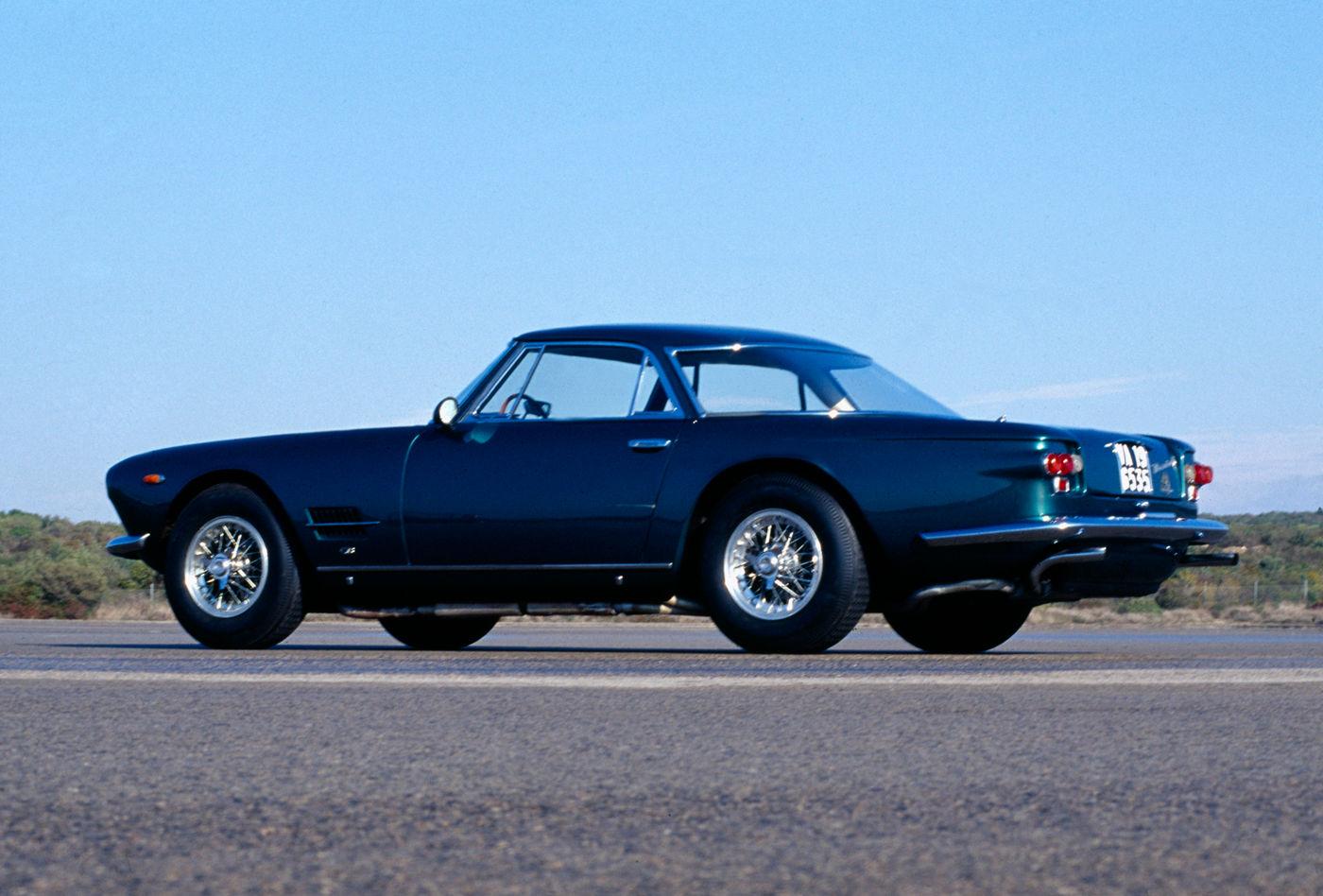 Maserati Classic - GranTurismo 5000 GT - carrosserie bleue - vue profil