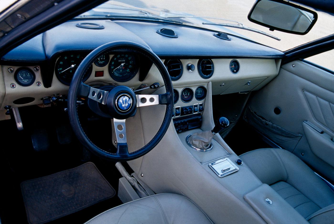 Maserati Classic - GranTurismo Indy - design intérieur