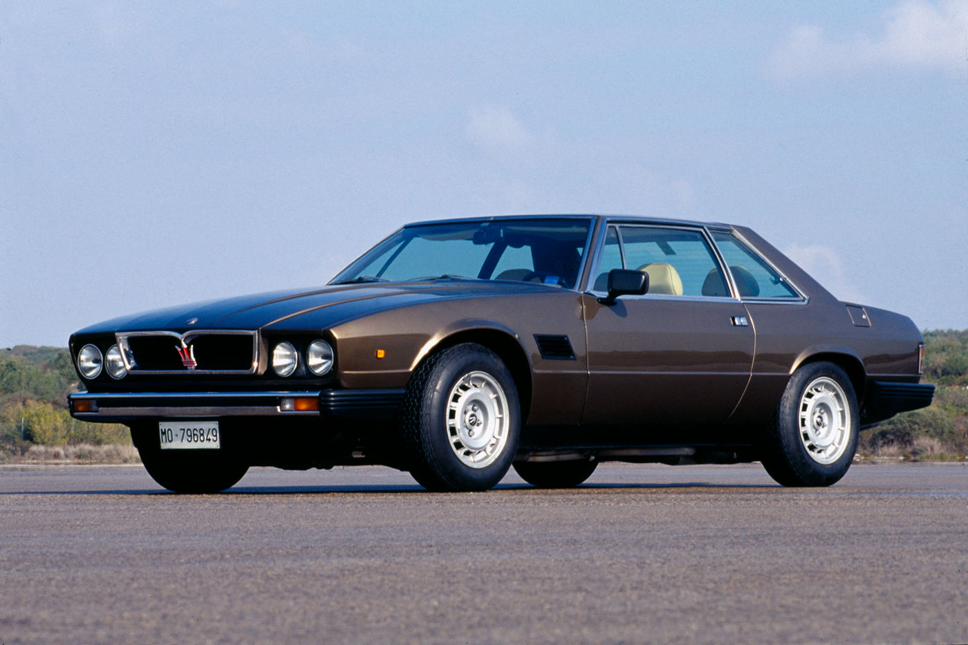 1976 Maserati Kyalami - exterior view of the classic sports car model