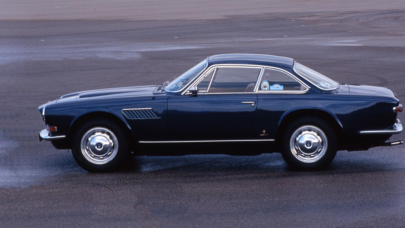 Maserati Classic - GranTurismo Sebring - carrosserie bleue - vue profil