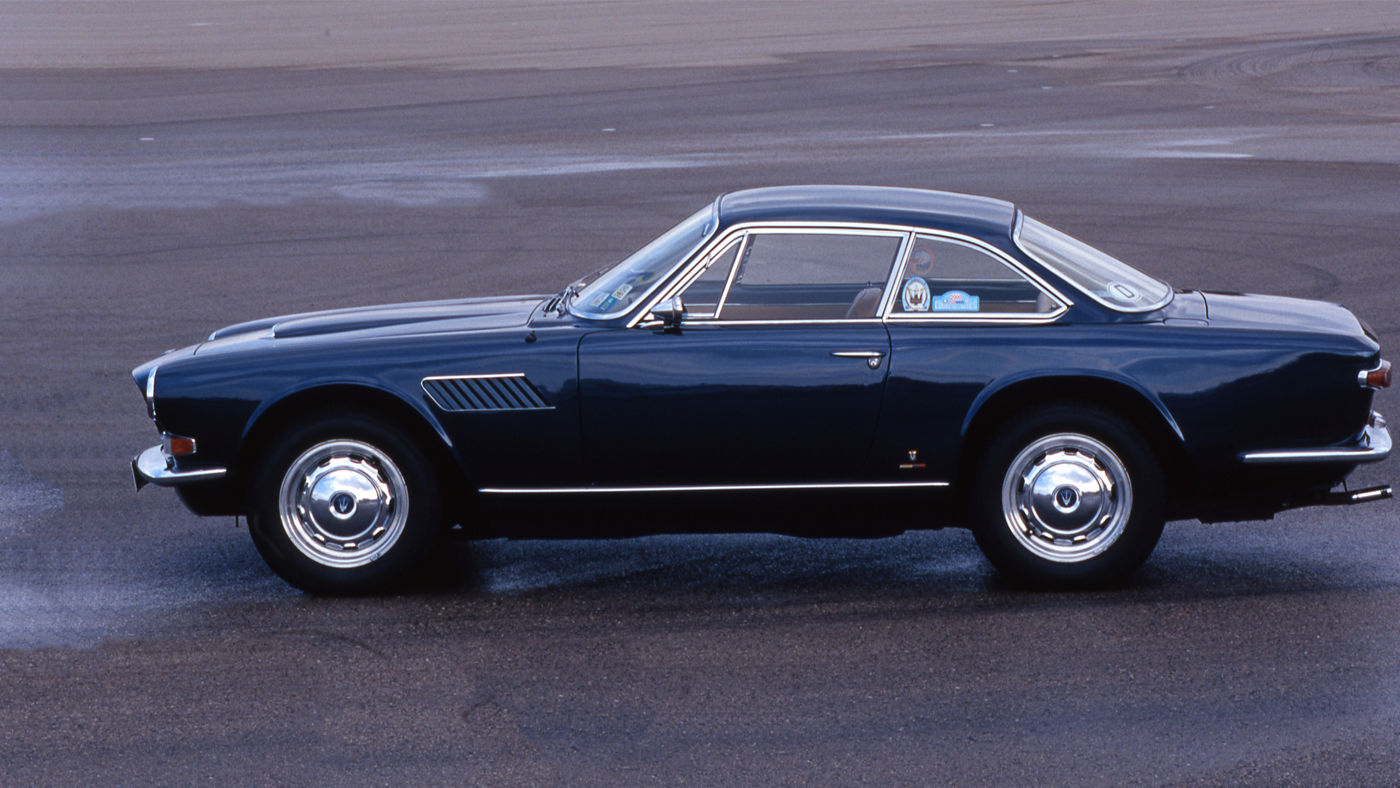 1964 Maserati Sebring - Second Series - side view of the classic model