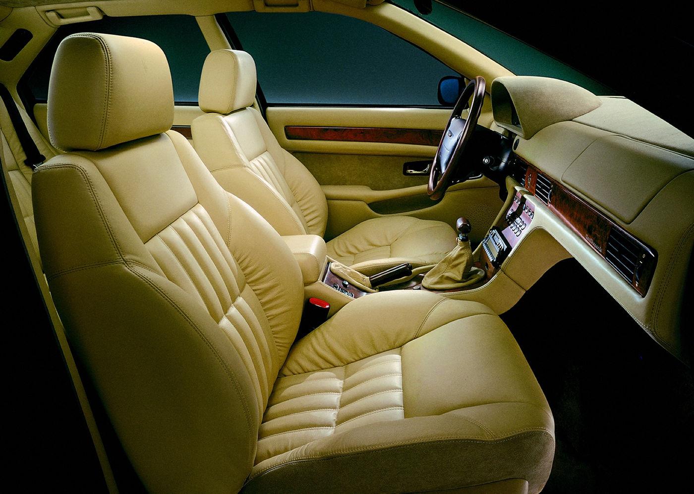 1998 Maserati Quattroporte IV Evoluzione - interior view of the 5-seater sedan