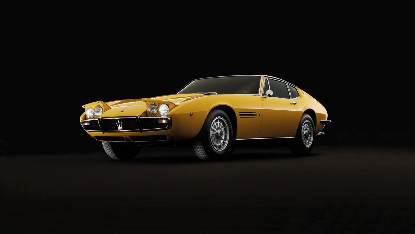 Gelber Maserati Oldtimer