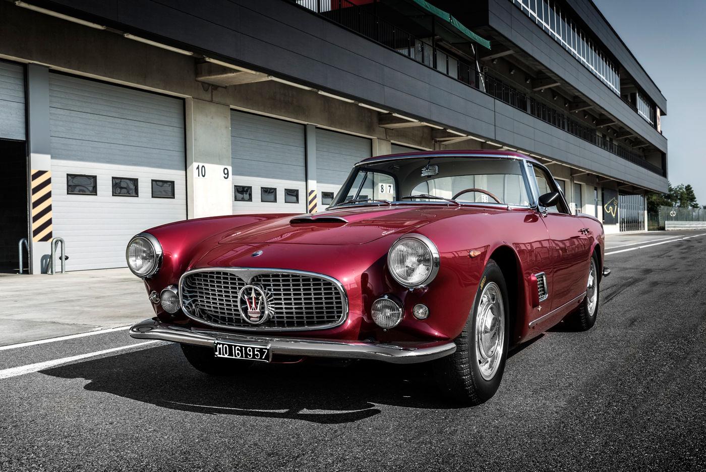 A historical Maserati GranTurismo model - track close up