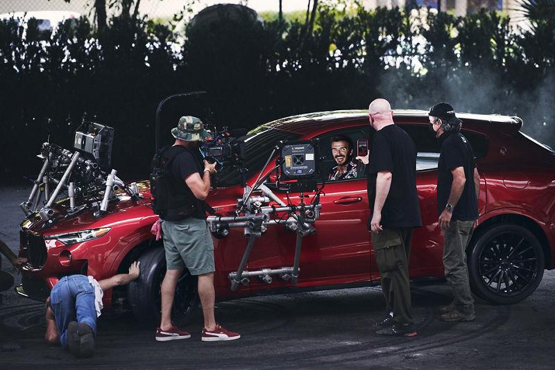 David Beckham im Maserati Levante Trofeo bei den Dreharbeiten
