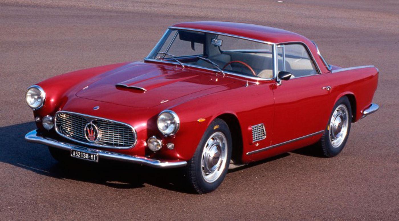 Maserati Classic - 3500GT - Carrosserie rouge - Vue latérale