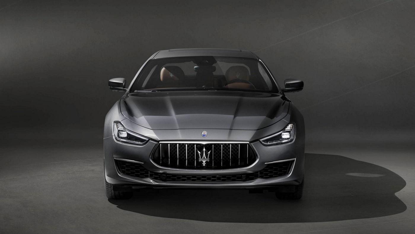 Grey Maserati Ghibli front view