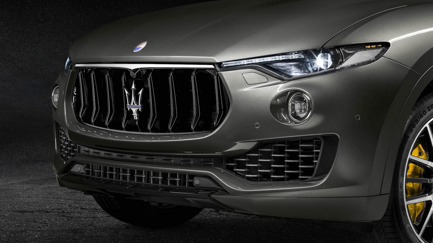 Maserati Levante GranSport exterior details, front view and lights