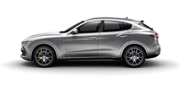 Model overview - a dark grey Maserati Levante S - side