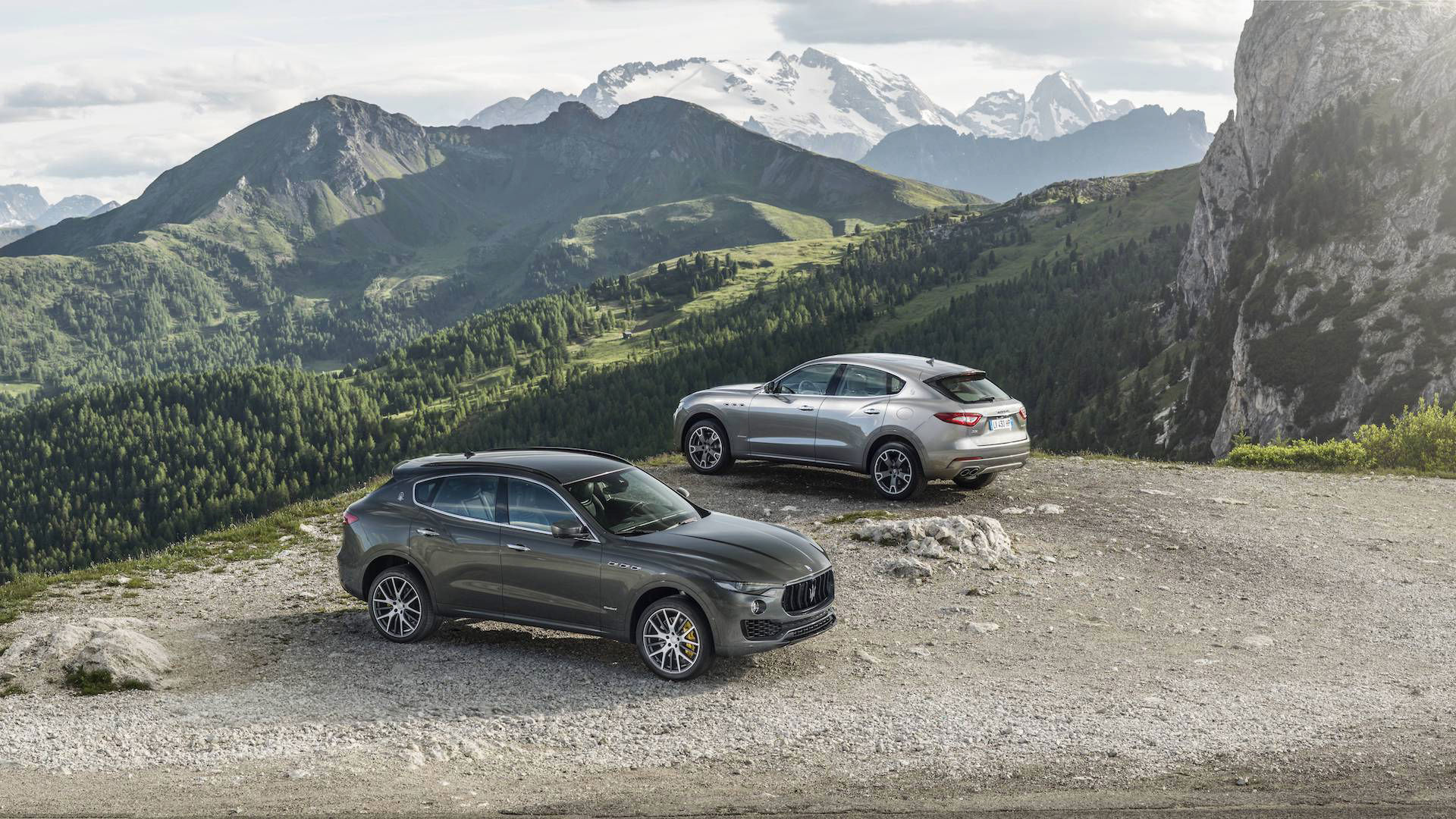 Maserati Levante GranLusso and GranSport - grey and dark grey versions, mountain landscape