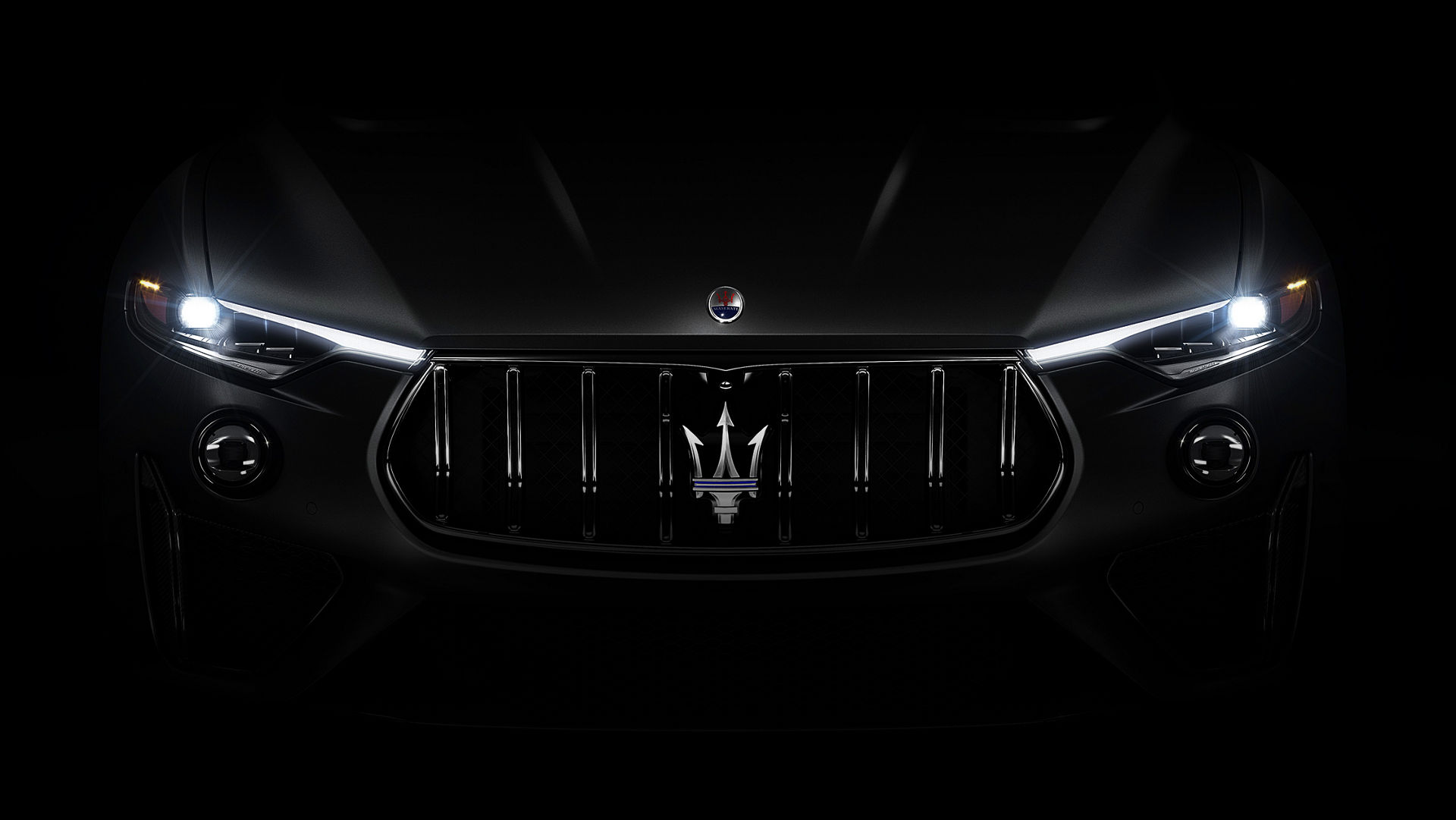 Maserati Levante Trofeo V8 – Menacing front grille hints at the power beneath
