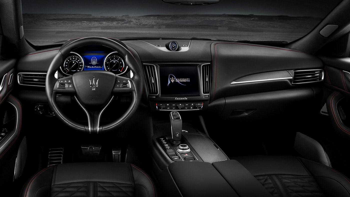 Maserati Levante Trofeo V8 - interior details: cluster featuring speedometer and tachometer
