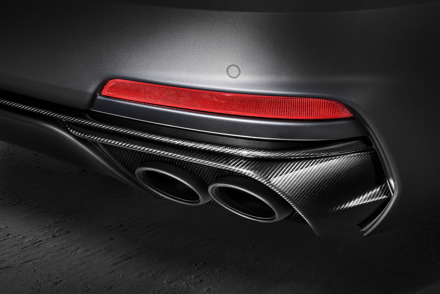 Maserati Levante Trofeo - exaust pipes detail
