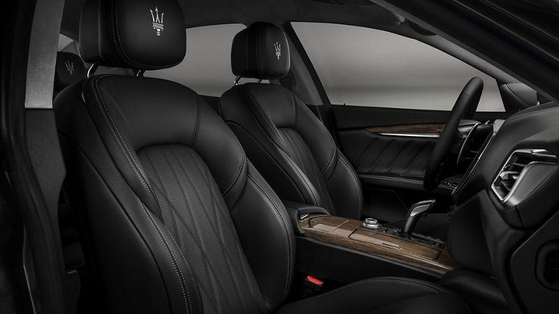 Maserati Ghibli GranLusso interiors, front seats