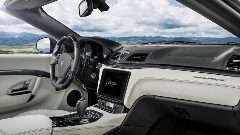Maserati GranCabrio - Interieur - von innen