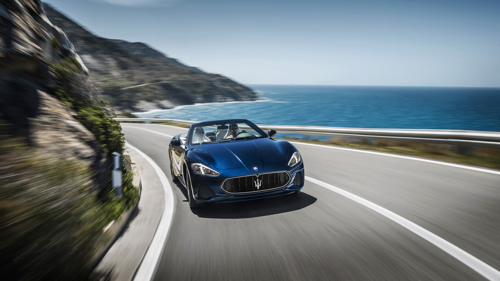 Maserati GranCabrio - GranCabrio front view, riding by the sea