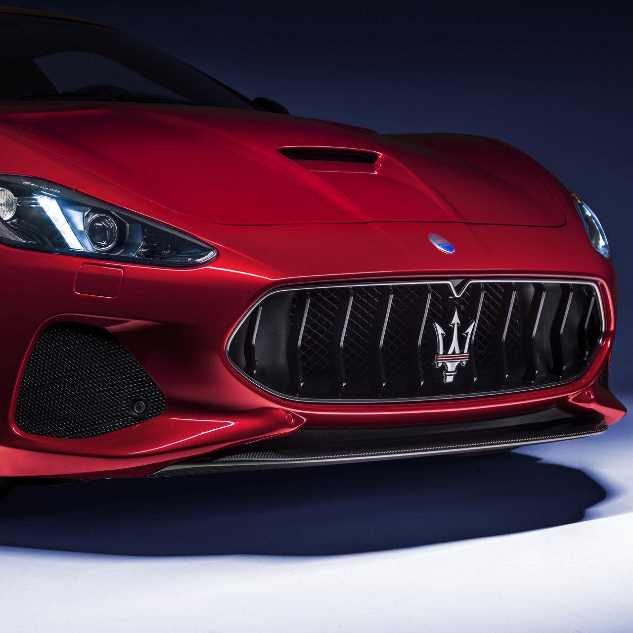 Maserati Granturismo - Rosso - Détail
