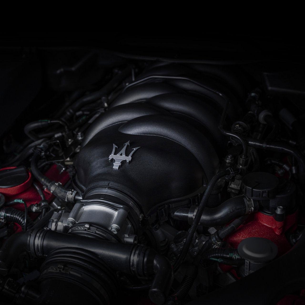 Maserati GranCabrio Motor Detail