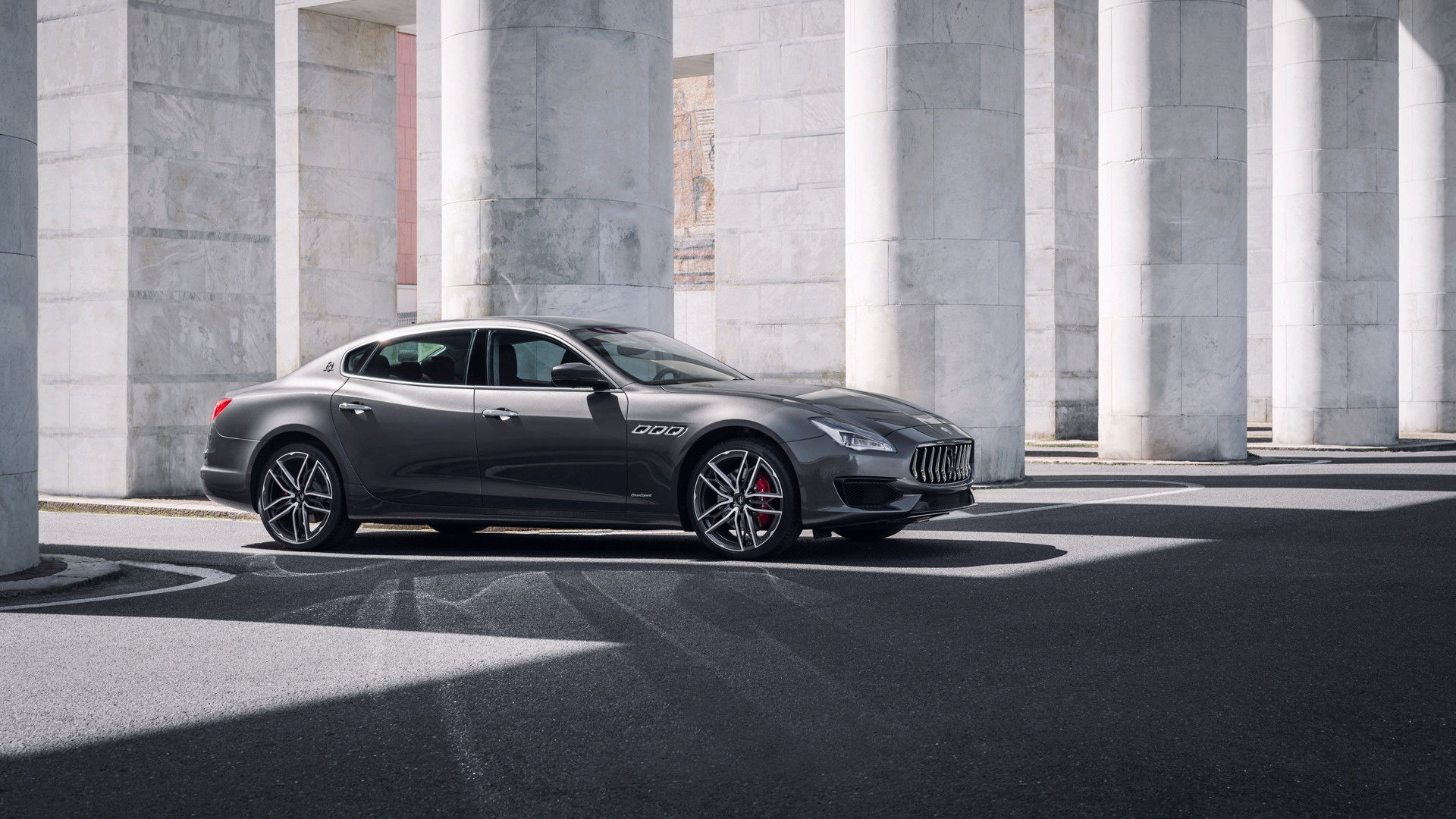 The race-bred but elegant saloon Maserati Quattroporte MY19
