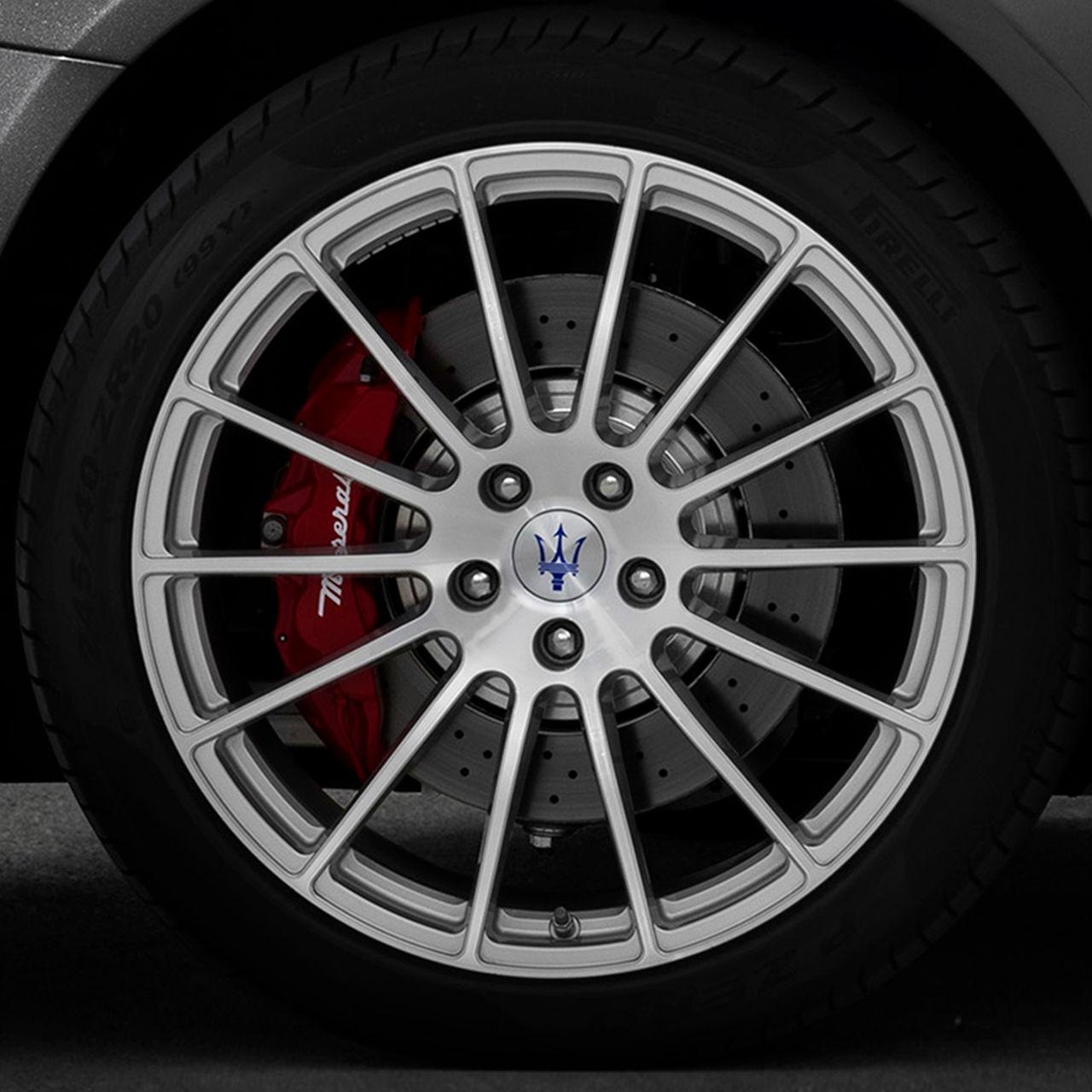 Maserati Quattroporte - Rad, Felge und Reifen Detail