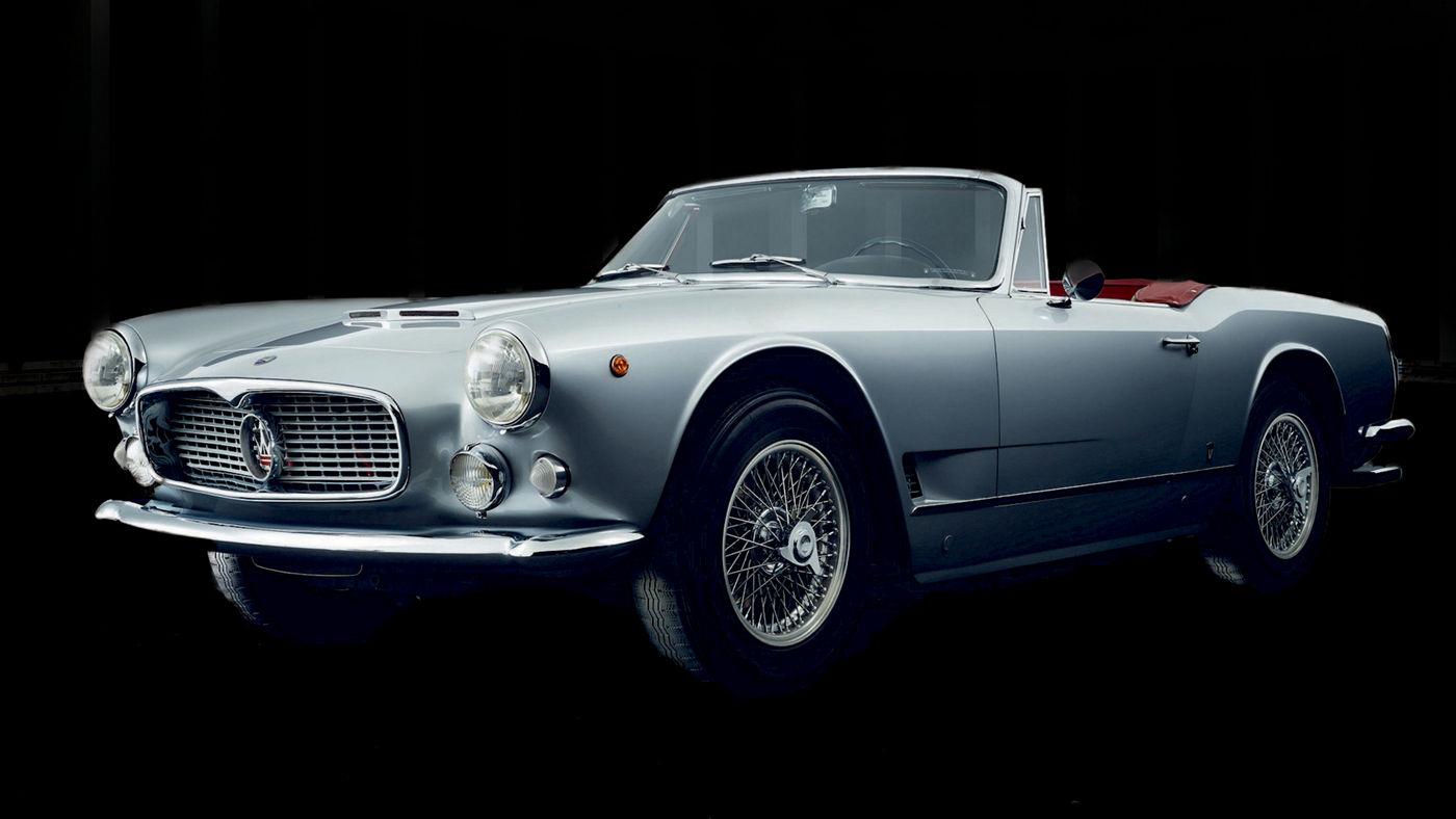 Prima Maserati GranCabrio - Voitures classiques Maserati
