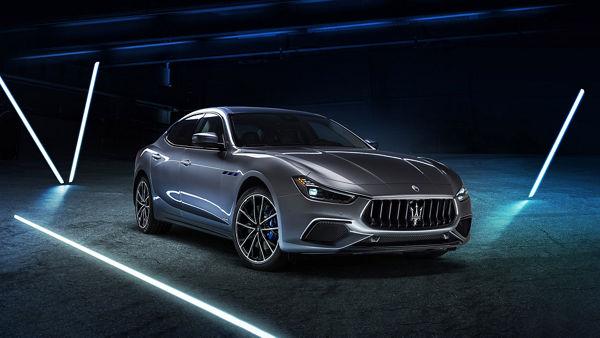 Maserati Ghibli Hybrid in Grau: MHEV Hybridtechnologie