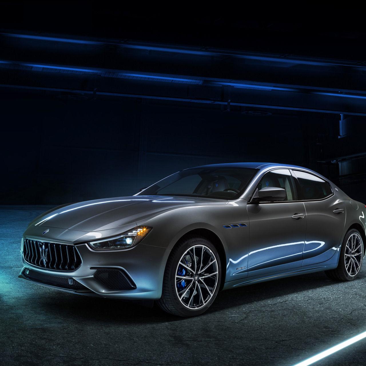 Maserati Ghibli Hybrid - Grau - Frontansicht