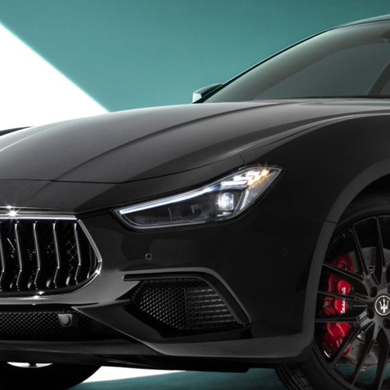Maserati Ghibli - Schwarz - Voll LED-Matrix Scheinwerfer