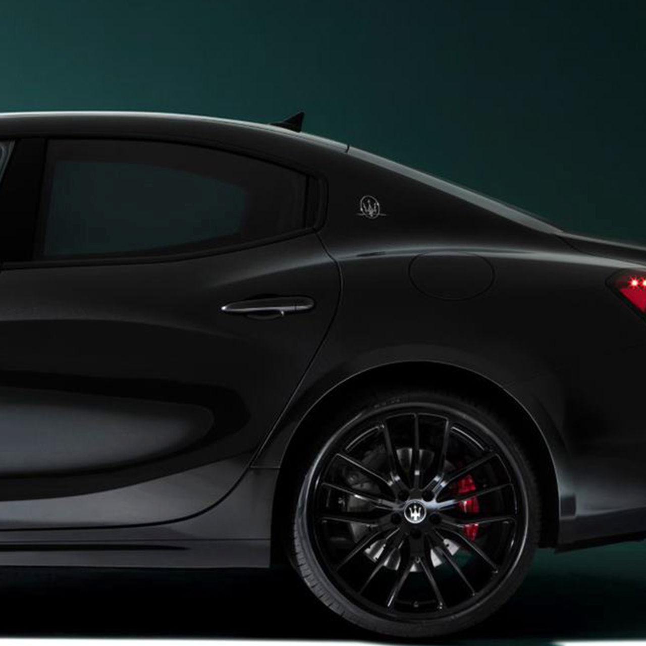 Maserati Ghibli - Soft-Close-Türen und Keyless-System - Seitenansicht