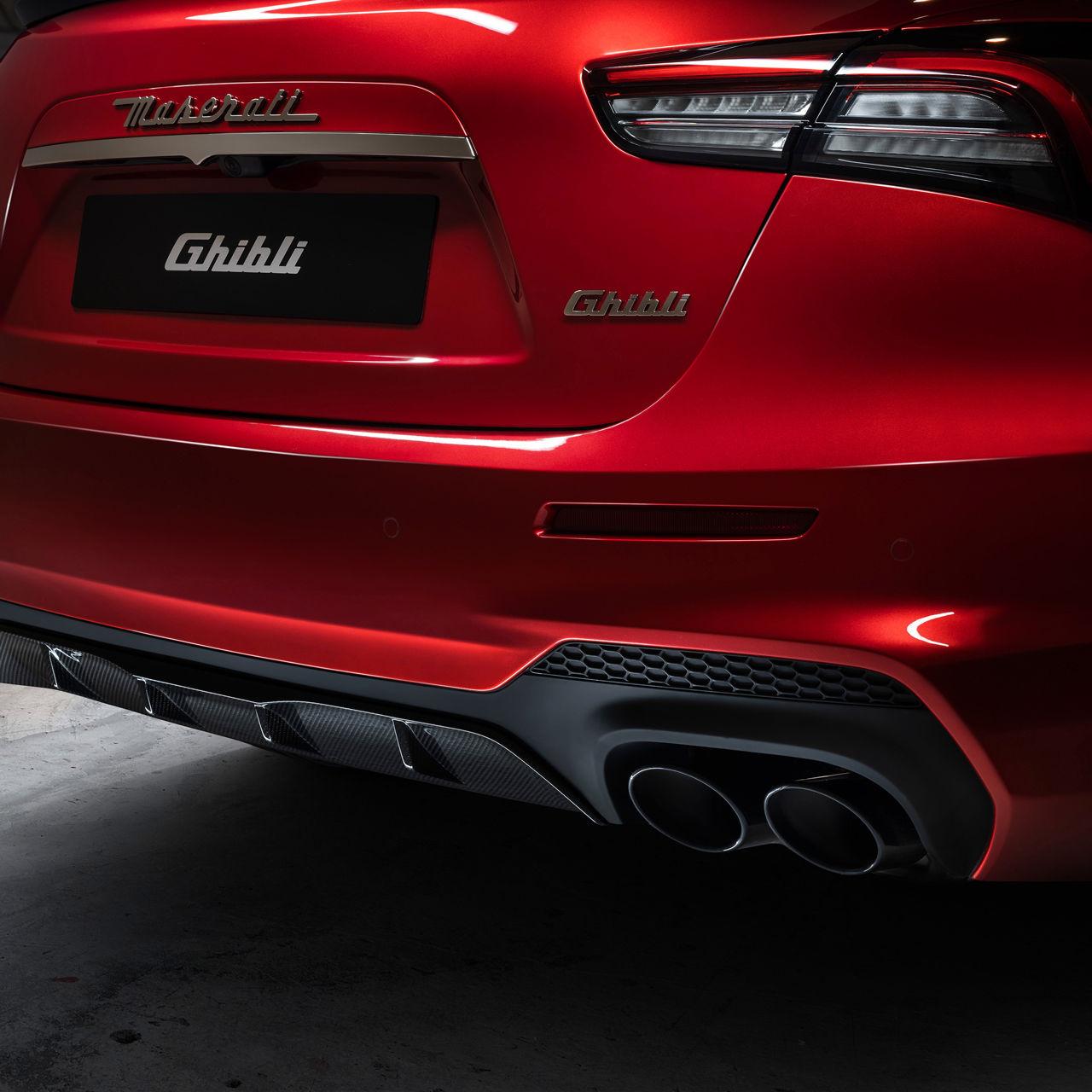 Maserati Ghibli Trofeo - Auspuff - Rot