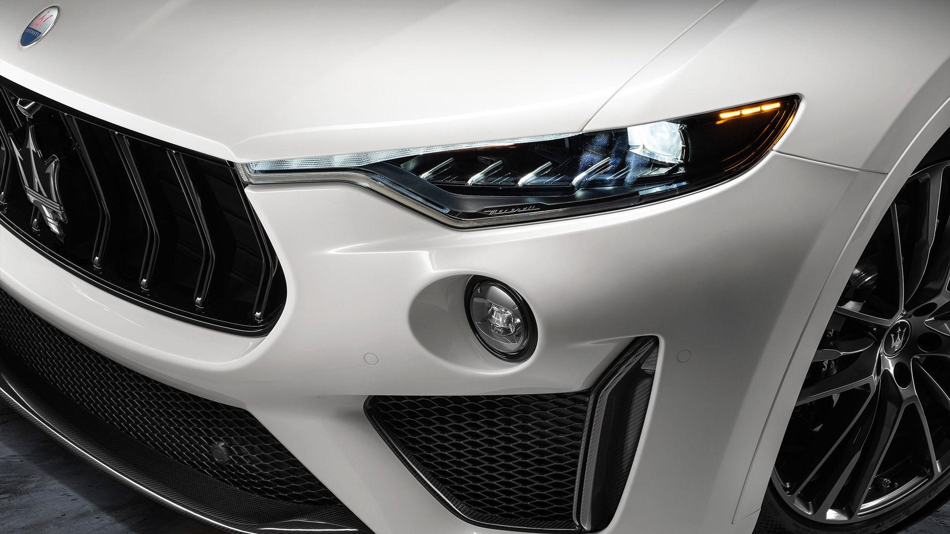 Maserati Levante Trofeo - Weiß - Scheinwerfer