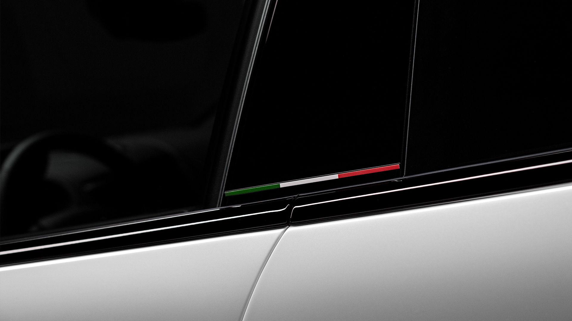 Maserati Levante Trofeo - Weiß - Tricolore Design