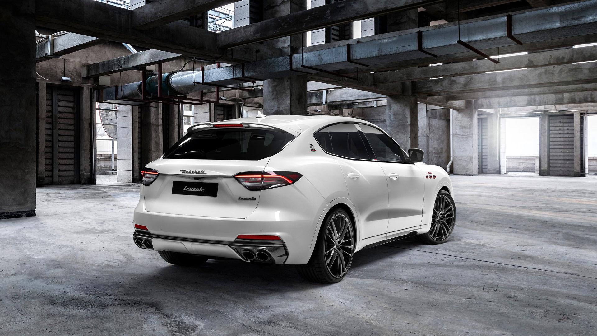 Maserati Levante Trofeo - Weiß - von hinten
