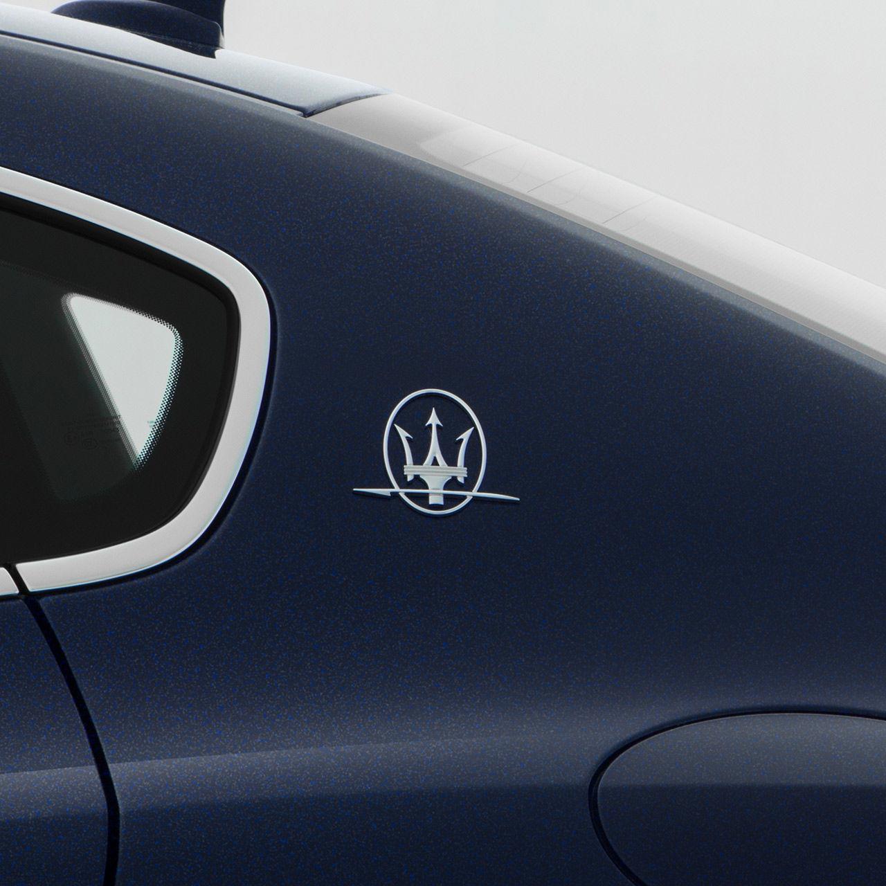 Maserati Quattroporte - Saetta Logo